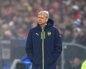 Wenger Stands By Referee Remarks