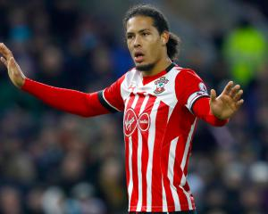 Mauricio Pellegrino Looking To Spend At Southampton After Virgil Van Dijk Exit