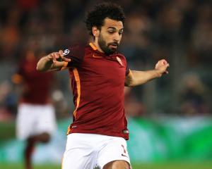 Salah signs for Liverpool