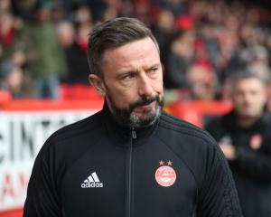 Derek McInnes holds crunch talks with Aberdeen chairman after Rangers approach