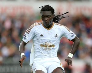 Gomis seals Swansea exit as he completes Galatasaray switch