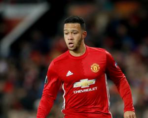 Lyon president Aulas expects Memphis Depay deal to be tied up in 48 hours