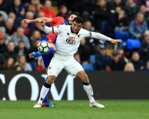 Crystal Palace move closer to safety after third successive win