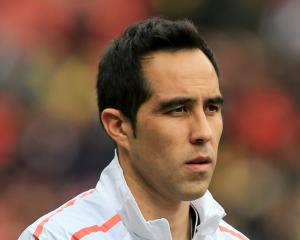 Claudio Bravo Could Continue In Man City Goal For First Leg Of Carabao Cup Semi