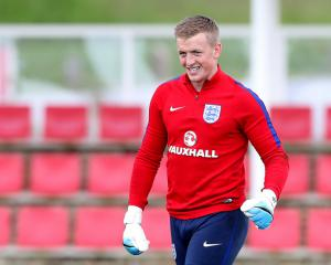 Pickford Wants Toffees Team-mates To Remove Mistakes From Their Game