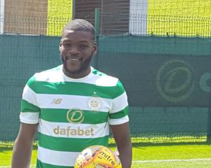 Celtic sign French midfielder Ntcham from Manchester City