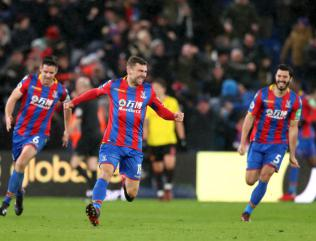 Late goals lift Crystal Palace out of relegation zone