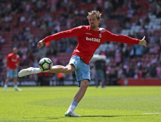 Stoke boss Mark Hughes plans to offer new contract to Peter Crouch
