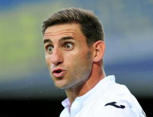 Broken foot setback for Swansea defender Angel Rangel
