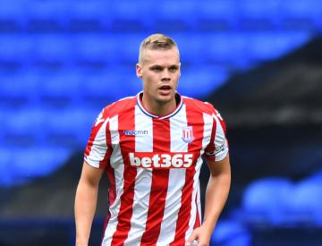 Ryan Shawcross commits himself to Stoke for four more years