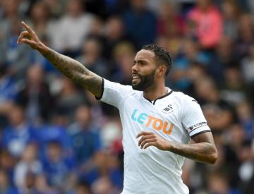 Kyle Bartley signs new four-year deal at Swansea