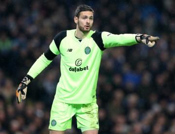 Celtic warn Chelsea off goalkeeper Craig Gordon