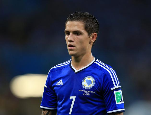 Everton snap up Besic