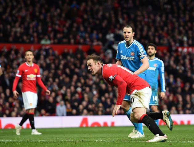 Rooney strikes to lift United gloom
