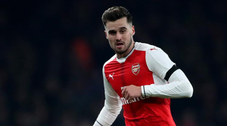 Swansea chasing Arsenal right-back