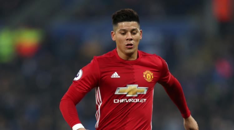 United fans can be extra man at the death, says Rojo