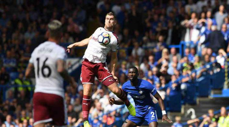 Clarets Out to Spoil Howe's Birthday