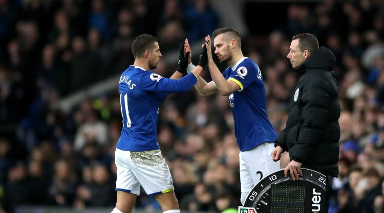 Schneiderlin and Mirallas dropped by Everton because of training ground incident