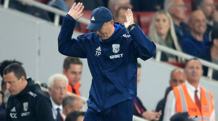 Tony Pulis fumes over penalty decision and slams 'cheating' Alexis Sanchez