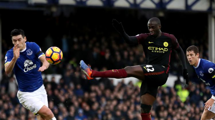 Yaya Toure believes Manchester City are still in the Premier League title race