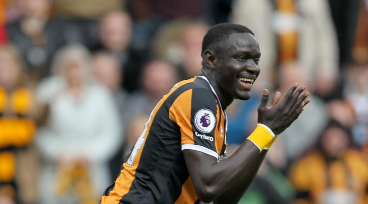 Hull striker Oumar Niasse's red card overturned on appeal