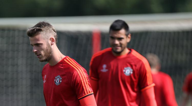 Mourinho won't let De Gea or Romero leave