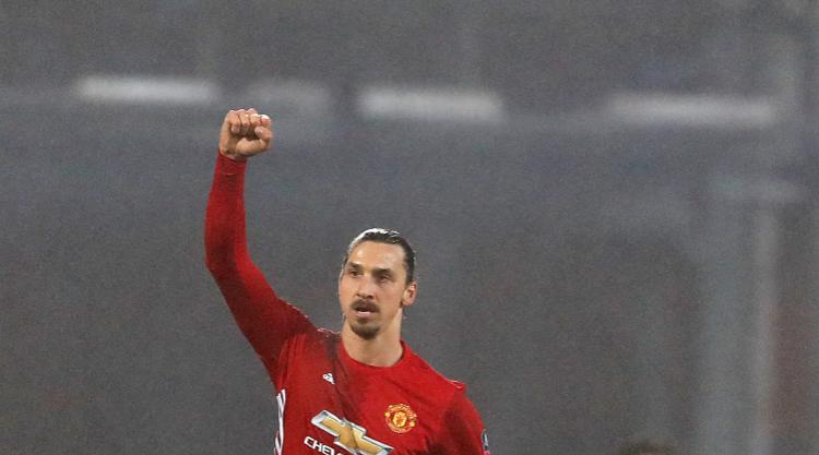 Zlatan Ibrahimovic fires Manchester United into FA Cup quarter-finals